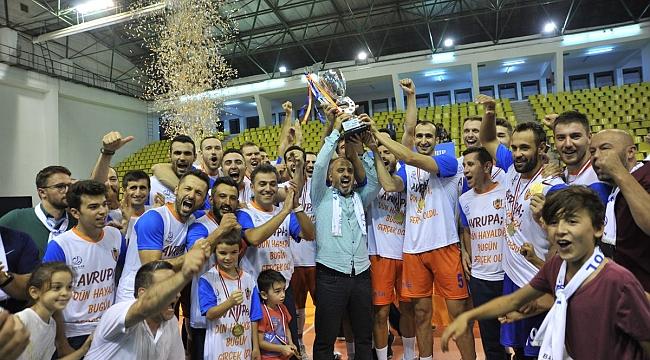 İnegöl Belediyespor Balkan Kupası Şampiyonu!