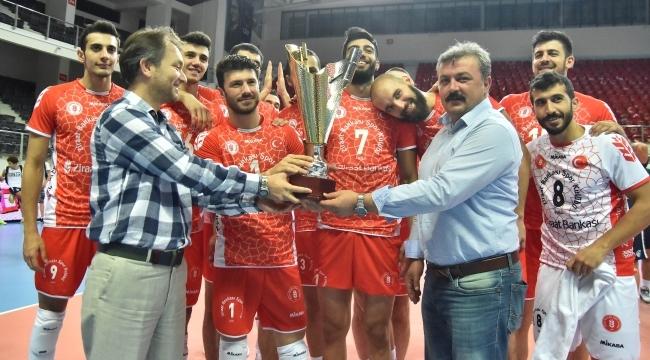 TSYD İzmir Turnuvasında Şampiyon Ziraat Bankası