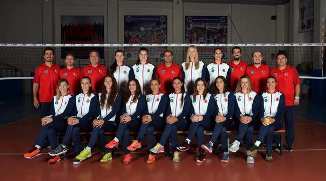 Bursa B.Şehir Bld., RSR Walfer Volleyball'ı 3-0'la Geçti