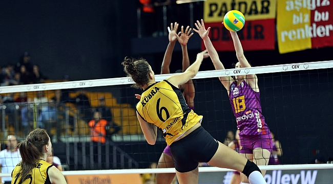 Vakıfbank Şampiyonlar Ligi'nde Galatasaray'ı devirdi