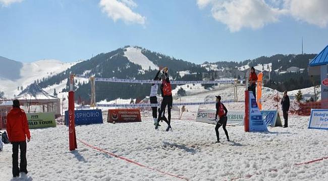 Kar Voleybolu Türkiye Şampiyonası ertelendi
