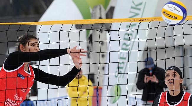 Millilerimiz, Kranjska Gora Etabı'nda Yarı Finalde