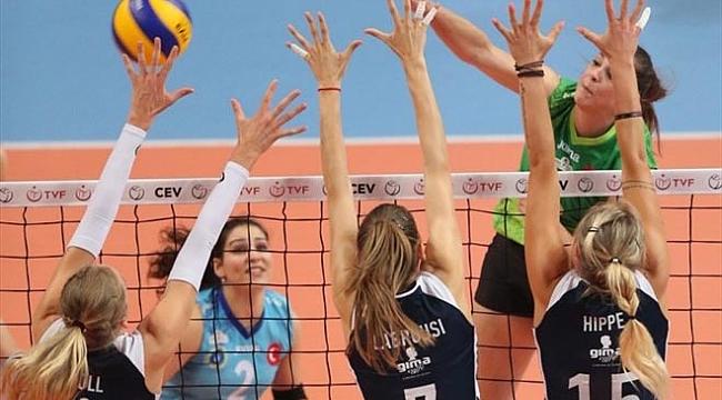 Bursa Büyükşehir Belediyespor şampiyonluğu kaptırdı!