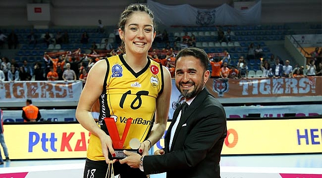 """Zehra Güneş: """"Şampiyonluk için çok mutluyum"""""""