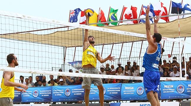 FIVB Plaj Voleybolu Dünya Turu Mersin Etabı'nda Yarı Finalistler Belli Oldu