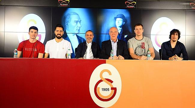 Galatasaray'da 3 transfer birden