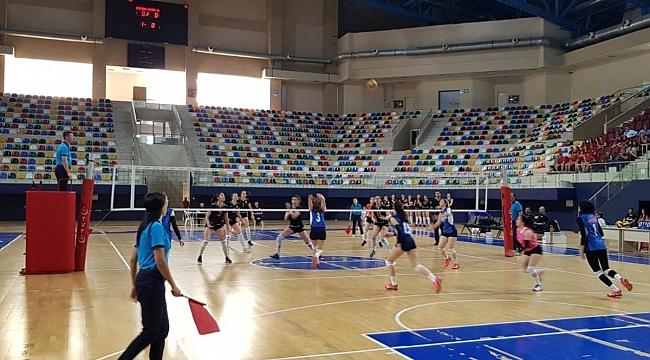 Genç Kızlar Türkiye Şampiyonası Başladı