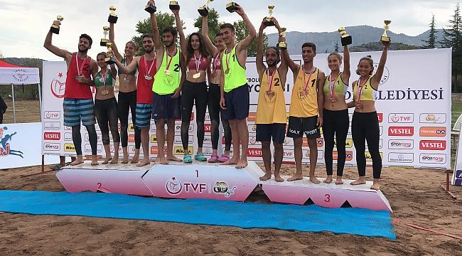 20 Yaş Altı Plaj Voleybolu Türkiye Şampiyonası Sona Erdi