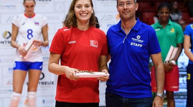 """Cansu Özbay, Montreux Volley Masters turnuvasının """"En İyi Pasör""""ü"""