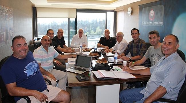 Erkek Milli Takımlar Değerlendirme Toplantısı Yapıldı