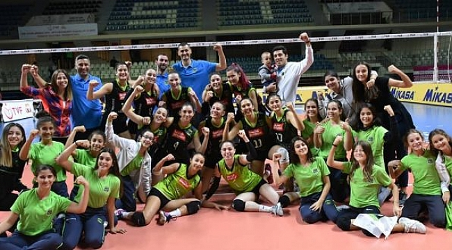 M.E. Marmara Akademi sezona galibiyetle başladı