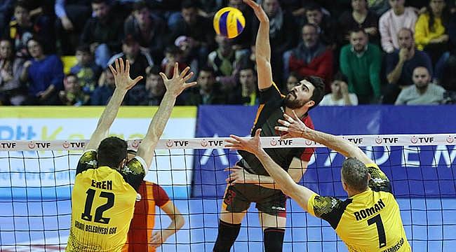 Galatasaray Arhavi'yi kendi sahasında 3-1 yendi