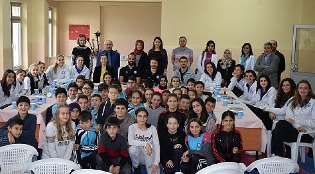 Nilüfer Belediyespor öğrencilerle buluştu