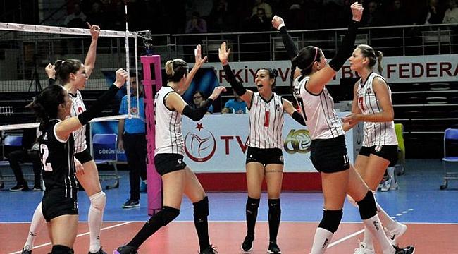 Beşiktaş, AXA Sigorta Kupa Voley'e galibiyetle başladı
