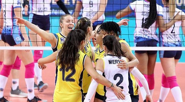 Fenerbahçe Opet, Polonya'dan galibiyetle dönüyor