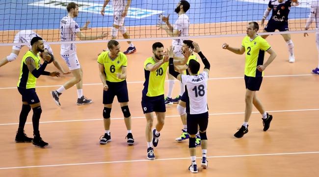 Axa Sigorta Kupa Voley'de Fenerbahçe finalde