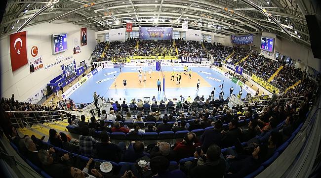 Erkekler Kupa Voley'de Finalin Adı Fenerbahçe - Galatasaray