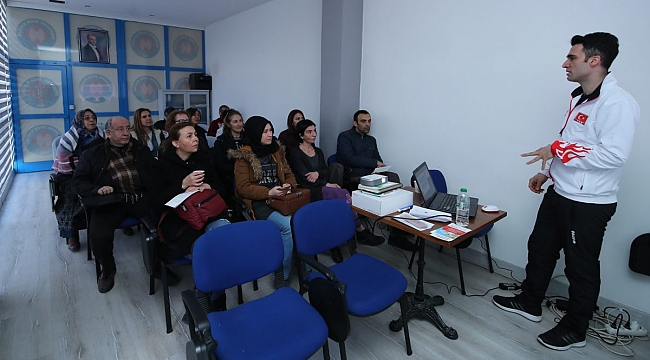 Fabrika Voleybol Veli Eğitim Semineri Düzenlendi
