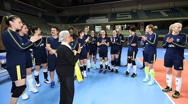 Fenerbahçe Opet'e sürpriz ziyaret