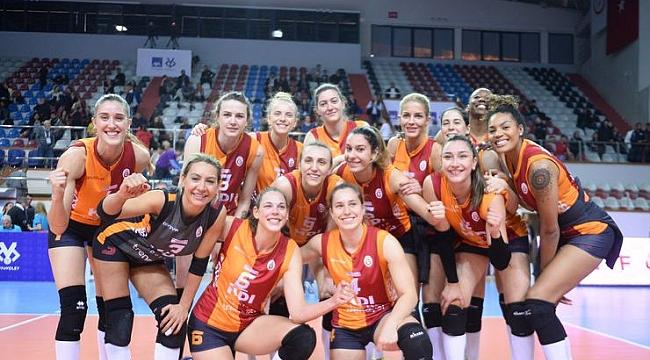 Galatasaray HDI Sigorta, yarı finalde