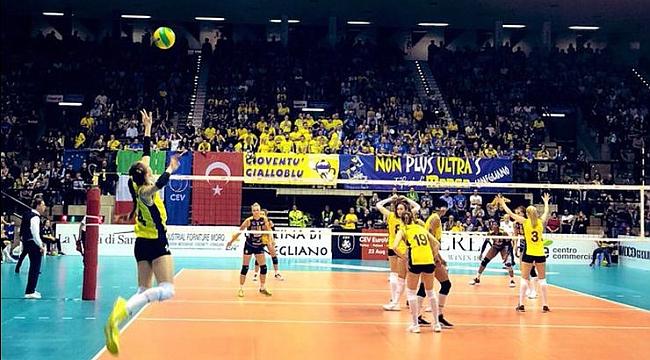 Fenerbahçe Opet ilk maçı kaybetti