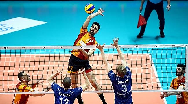 Galatasaray 3. Halkbank 4. bitirdi