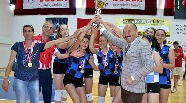 Gençlik Haftası Voleybol Turnuvası sona erdi