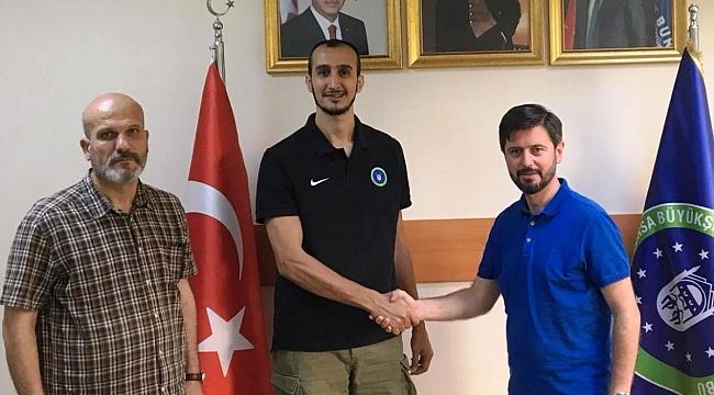 Bursa Büyükşehir Belediyespor  ile 1 Yıl Daha