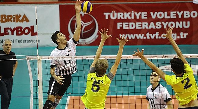 Genç Erkekler Türkiye Şampiyonası'nda Finalin Adı Belli Oldu