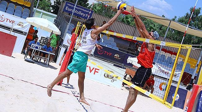 U22 Plaj Voleybolu Avrupa Şampiyonası'nda 3. Gün Sona Erdi
