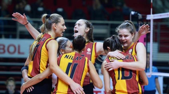 Derbide gülen Galatasaray