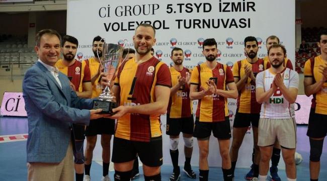 TSYD İzmir kupası Galatasaray HDI Sigorta'nın