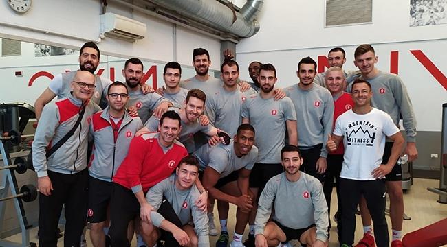 Ziraat Bankası, International Voleybol Kupası için İtalya'da