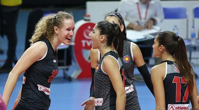 Atlasglobal Yeşilyurt, Beşiktaş'a set vermedi