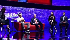 Başkanı Üstündağ ve kaptanlar Brand & Sport Summit 2019'a Katıldı
