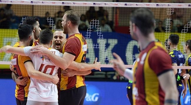 Efeler Ligi'ndeki derbi Galatasaray'ın