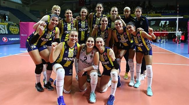 Fenerbahçe, Beylikdüzü Voleybol İhtisas'a göz açtırmadı