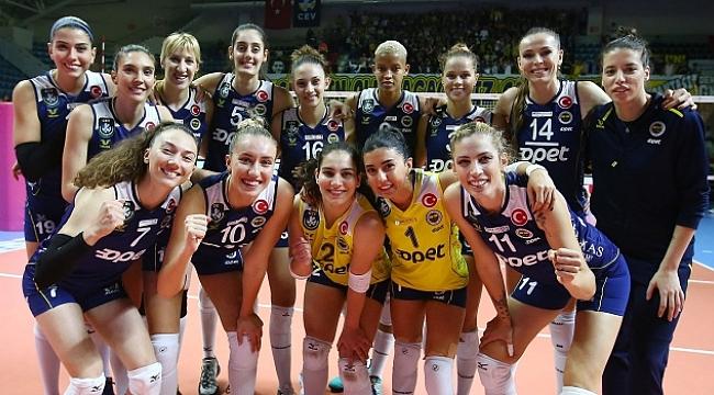Fenerbahçe Opet evinde kazandı