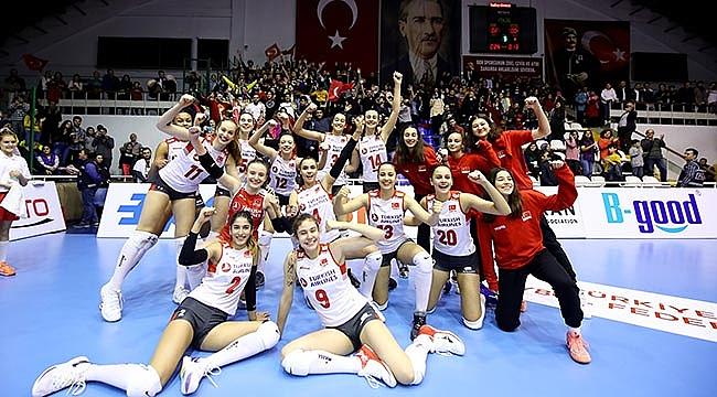 U17 Kız Millilerimiz, Balkan Şampiyonası'na Galibiyetle Başladı