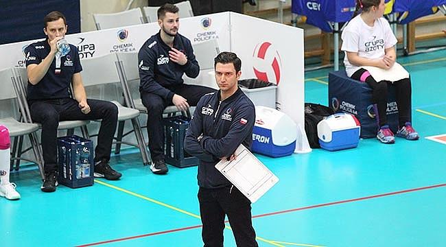 Ferhat Akbaş CEV Kupası'nda Yarı Finale Göz Kırptı