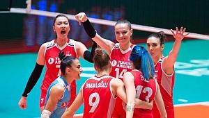 A Milli Kadın Voleybol Takımı, dünya sıralamasında beşinciliğe çıktı