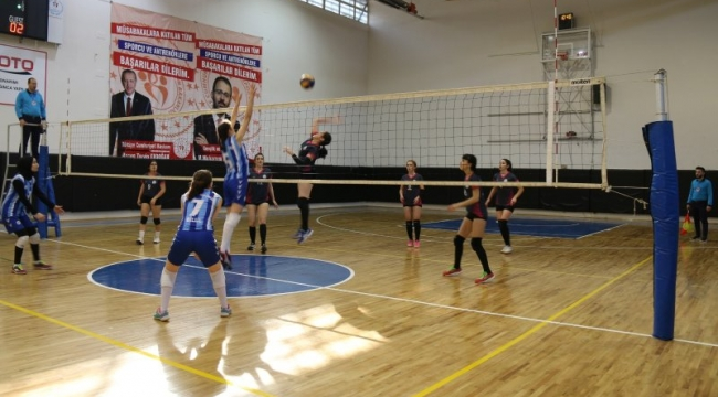 Amasya'da Okul Sporları Voleybol Türkiye Şampiyonası heyecanı