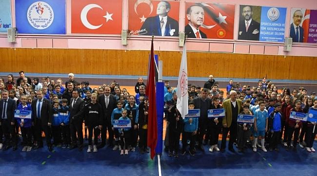 Okul Sporları Voleybol Grup Şampiyonası başladı