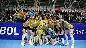 PTT Galatasaray HDI Sigorta'yı yendi