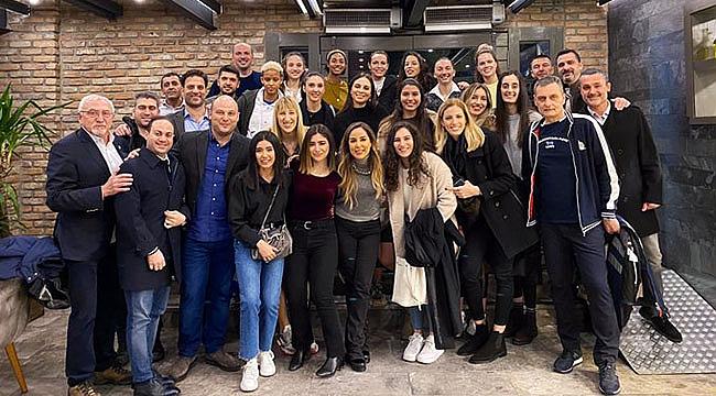 Fenerbahçe Opet moral yemeğinde bir araya geldi