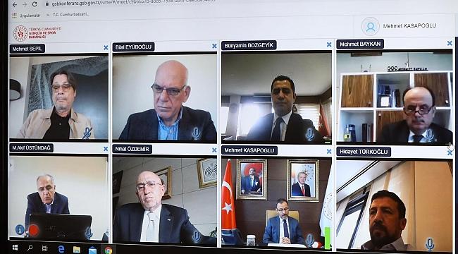 Bakan Kasapoğlu, federasyon başkanlarıyla video toplantı yaptı!
