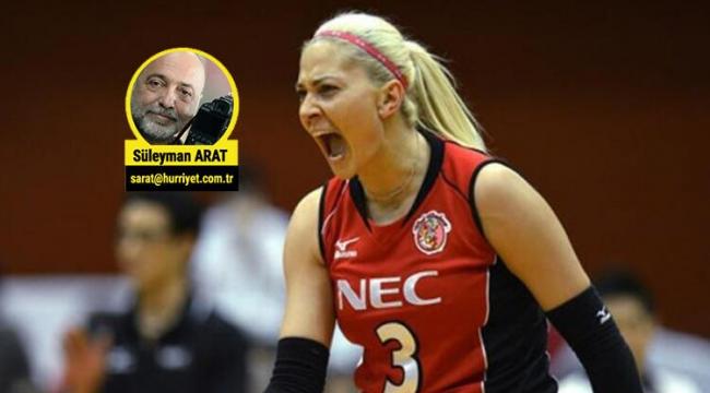 Dünyayı gezen Yeliz Başa, Türkiye'ye döndü!