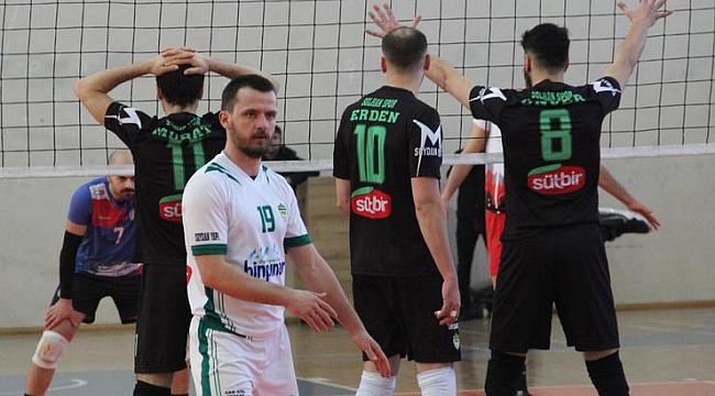 Solhanspor, iç transferde libero Burak Hazırol ile anlaştı