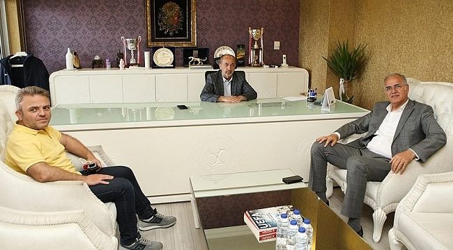 Üstündağ'dan Osmanlıspor'un yeni başkanı Katipoğlu'na ziyaret