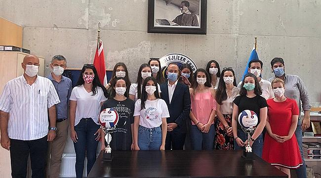 İBA Kimya TED Ankara Kolejliler'de İmzalar Atıldı